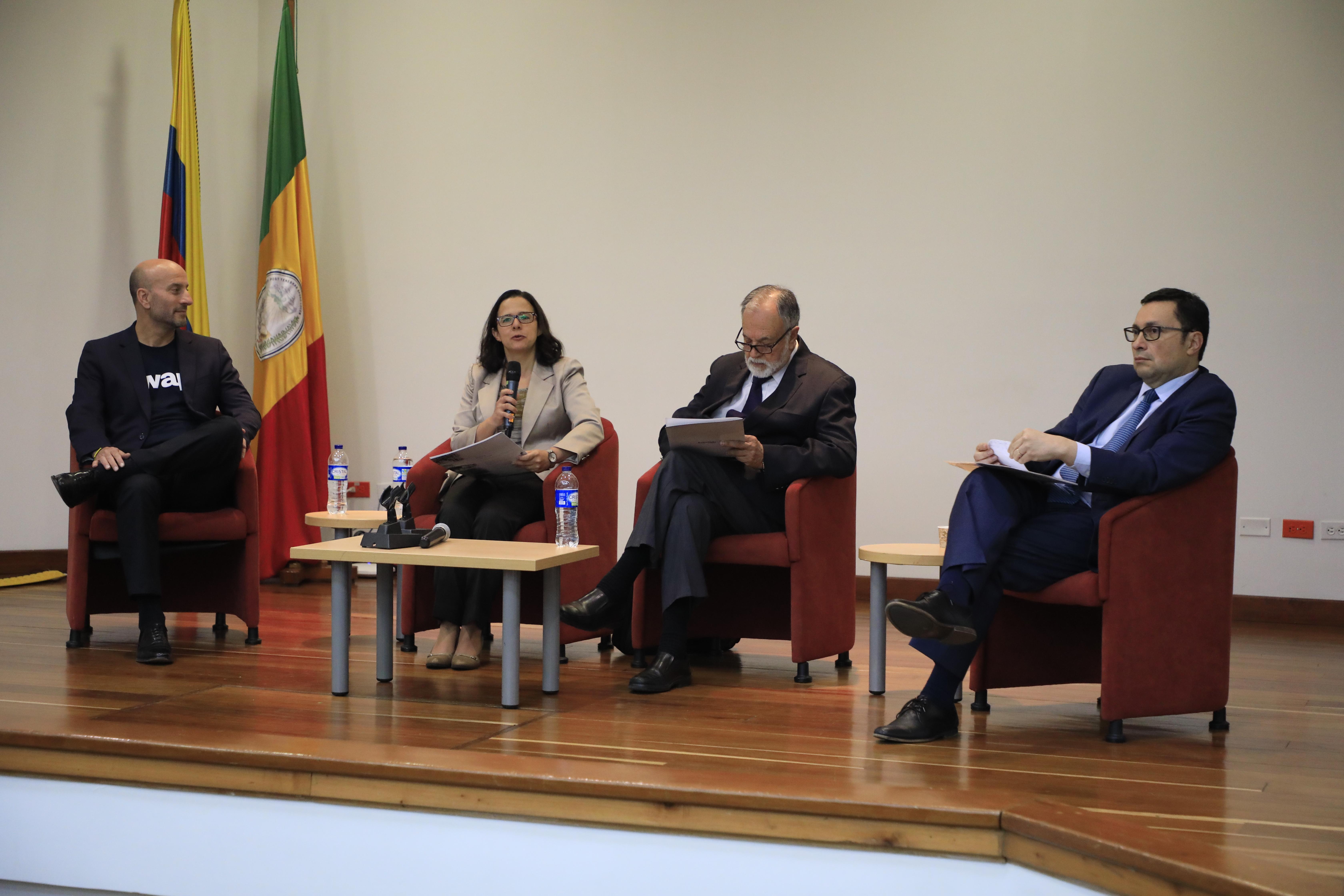 Panel: Prospectiva empresarial: Innovación y IV revolución industrial